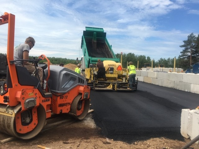 duluth minnesota aplus contractors working on road asphalt and construction