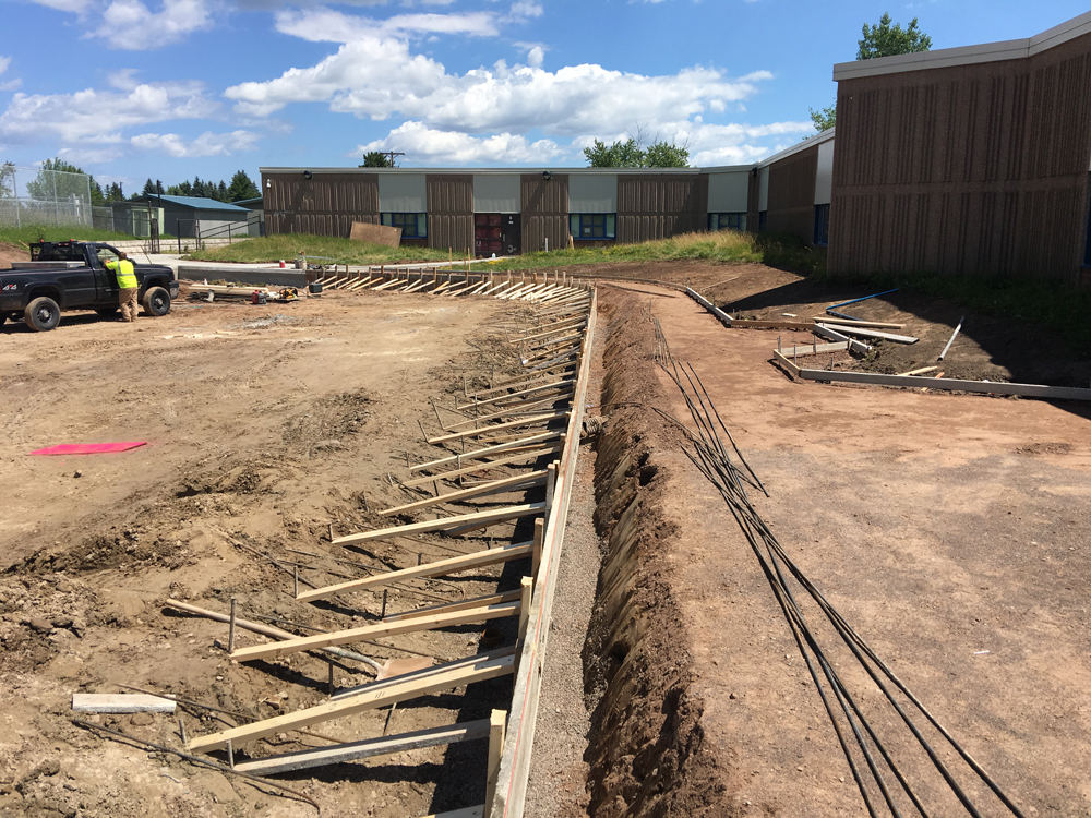aplus contractors placing underground utilities in duluth minnesota and northern minnesota
